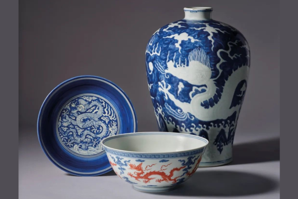 Building Collections: Evolution of Motifs and Styles in Ming and Qing Ceramics